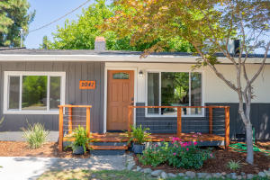 2041 Athens Ave, Redding, CA 96001