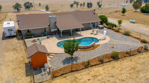17850 Gas Point Rd, Cottonwood, CA 96022