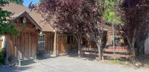 20528 Muskegon St, Burney, CA 96013