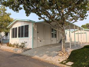 4520 Hickory Trl, Los Robles Estates, Redding, CA 96003