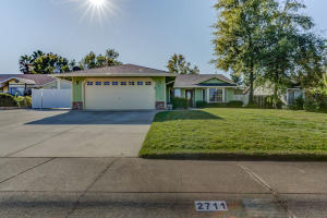 2711 Atrium Way, Redding, CA 96003