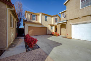 2336 La Villa Way, Redding, CA 96003