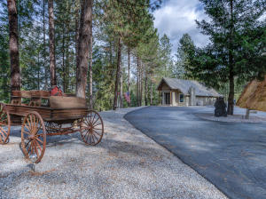 19145 Ground Squirrel Way, Lakehead, CA 96051