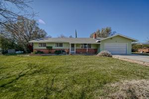 3398 El Camino Dr, Cottonwood, CA 96022