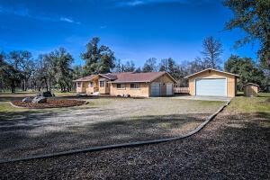 3401 Carriage Ln, Cottonwood, CA 96022