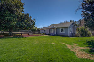 4240 La Mesa Ave, Shasta Lake, CA 96019