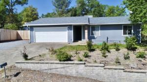 3500 Summit Dr, Redding, CA 96001