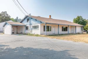 5180 Westside Rd, Redding, CA 96001