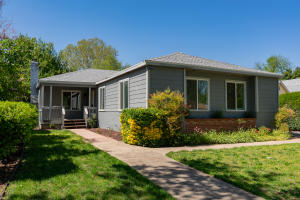 774 Loma St, Redding, CA 96003