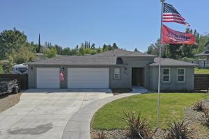 3627 Fairoaks Ct, Redding, CA 96001