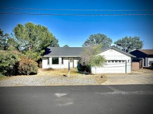 19848 Big Bend Dr, Cottonwood, CA 96022