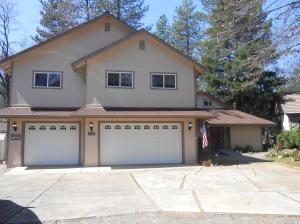 20628 Oak St, Lakehead-Lakeshore, CA 96051