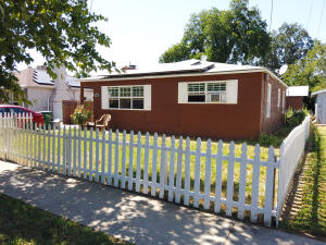1840 Ferry St, Anderson, CA 96007