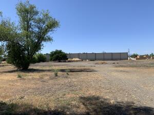 Latona Rd, Anderson, CA 96007
