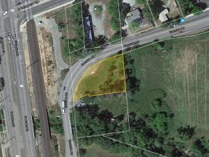 6011 Eastside Rd, Redding, CA 96001