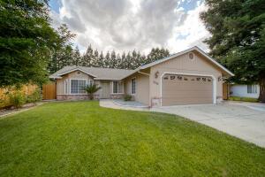 3274 Forest Homes Dr, Redding, CA 96002