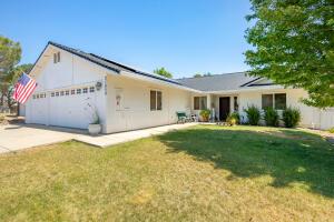 21859 Burney Pl, Cottonwood, CA 96022