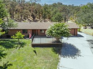 8754 Maynard Rd, Palo Cedro, CA 96073