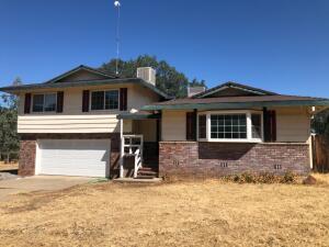 18825 Ridge Rd, Red Bluff, CA 96080