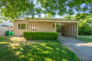 1571 Jeffries Ave, Anderson, CA 96007