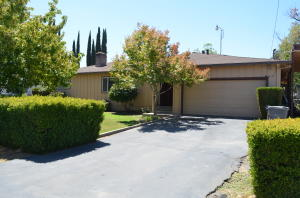 7218 The Terrace St, Anderson, CA 96007