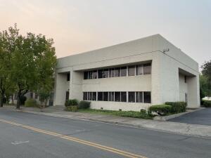 1300 West St, Redding, CA 96001