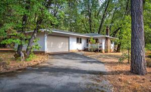 18027 Bonanza Dr, Lakehead, CA 96051