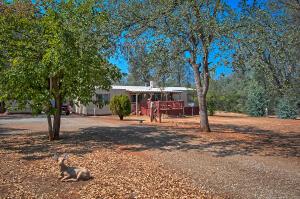 17652 Des Jardins Ln, Anderson, CA 96007