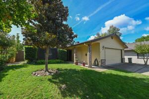 565 Monet Walk, Redding, CA 96001