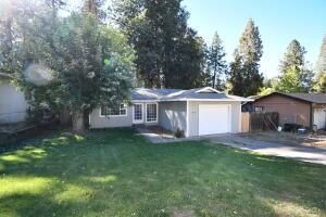 37466 Oak View St, Burney, CA 96013