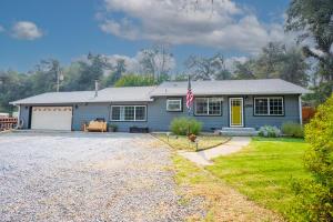3145 Quartz Hill Rd, Redding, CA 96003