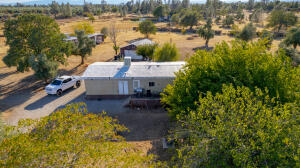 5830 Sherry Ln, Anderson, CA 96007