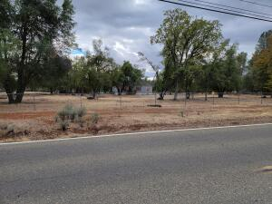 16377 Hawthorne Ave, Anderson, CA 96007