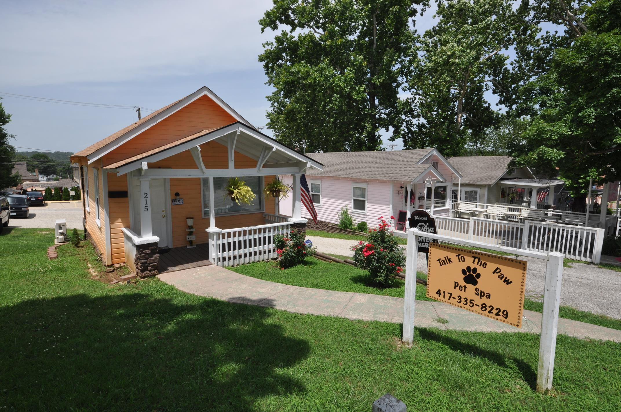 215 West Pacific Branson, MO 65616