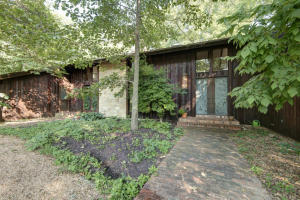 2125 South Cross Timbers Court, Springfield, MO 65809