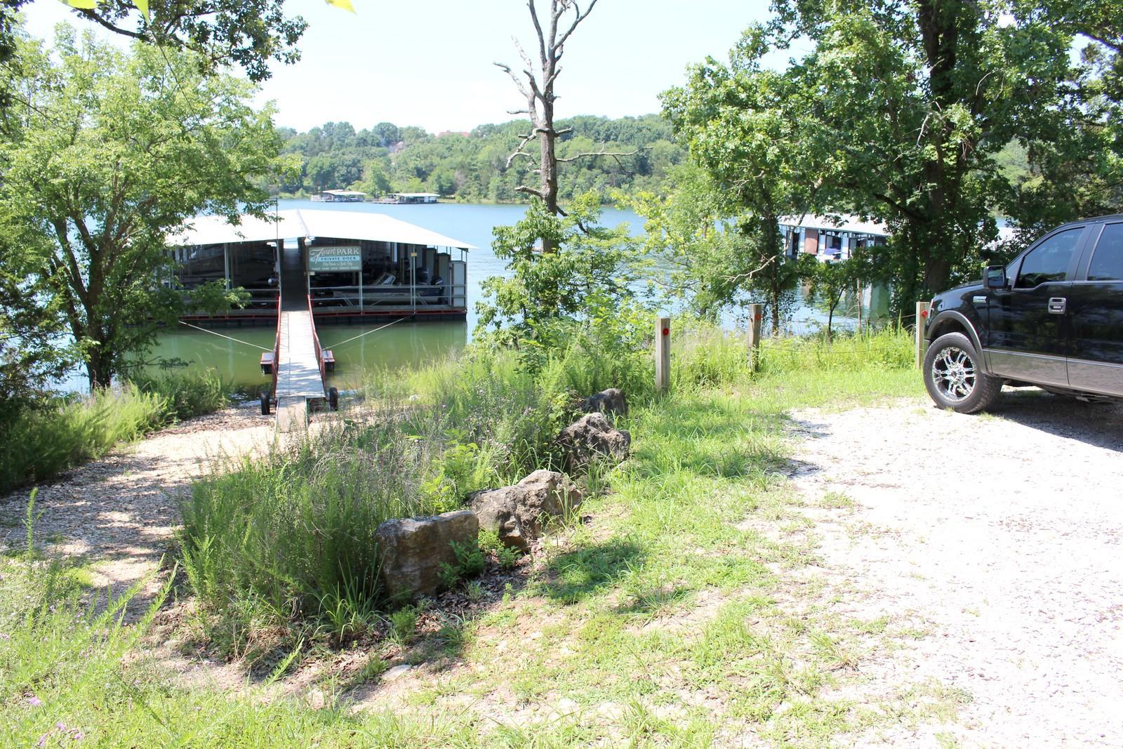 62 Sunny View Lane Kimberling City, MO 65686