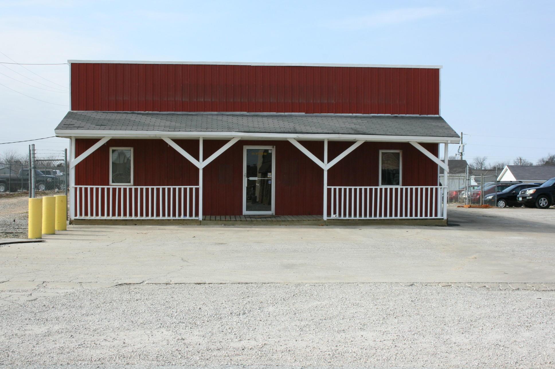 381 McNabb Road Marshfield, MO 65706