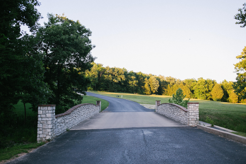 624 Meadowview Lane