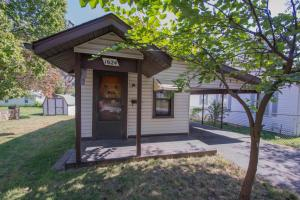 1624 North Rogers Avenue, Springfield, MO 65803