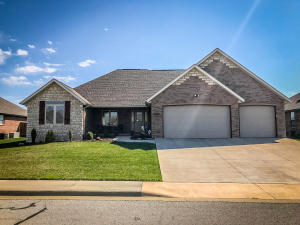 904 North 23rd Avenue, Ozark, MO 65721
