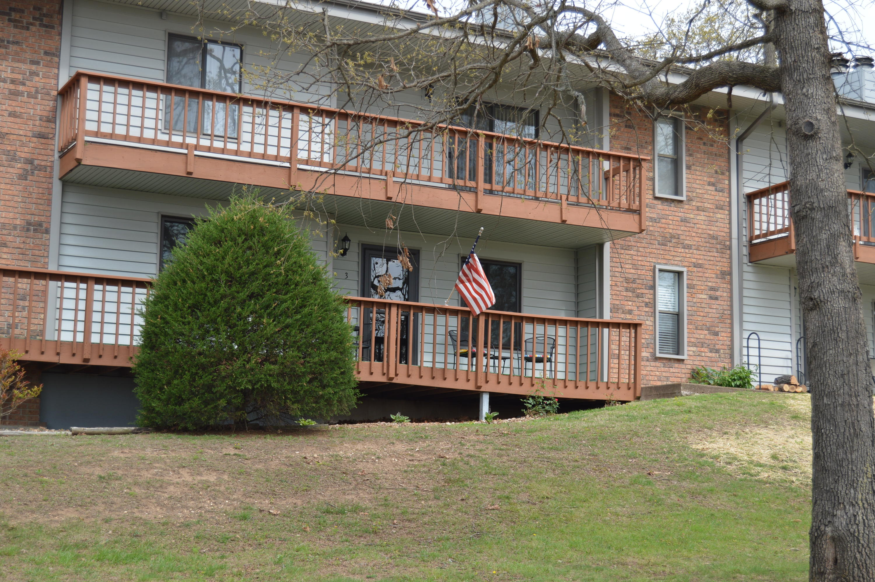 165 Keel Ln Unit 3 Kimberling City, MO 65686