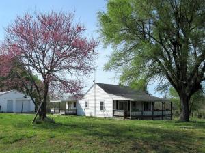 10141 West Farm Rd 76, Willard, MO 65781