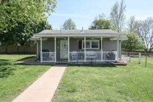 321 West Main Street, Walnut Grove, MO 65770