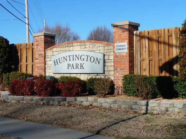 647 West Bridgewood Court Springfield, MO 65803