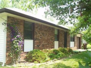 1006 North Hampton Avenue, Republic, MO 65738