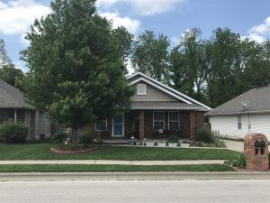 1227 East Mcclernon Street, Springfield, MO 65803