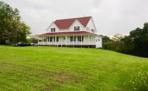12146 West Farm Road 18, Walnut Grove, MO 65770
