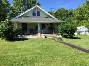 12457 West Farm Road 48, Ash Grove, MO 65604