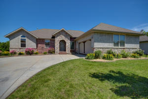 4724 South Gold Road, Battlefield, MO 65619