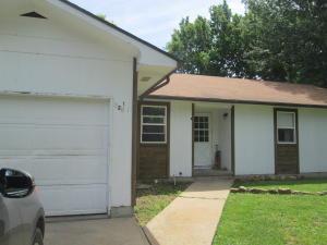 120 Grand Prairie Drive, Willard, MO 65781